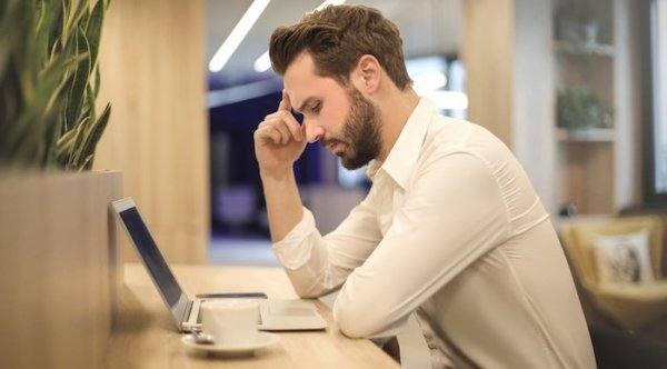 Lower back pain is common among employees in sedentary jobs